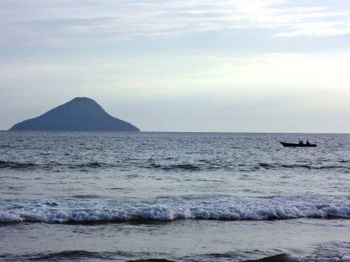 waves beach holidays