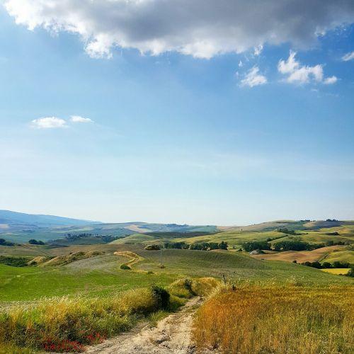 kelias, trasa, smėlis, kelias, gamta, kraštovaizdis, kelias, lauke, Šalis, kalvos, vaizdas, panorama, augmenija, žolė, laukai, kaimas, žemės ūkio, ganyklos, žemės ūkio paskirties žemė, ganykla, idiliškas, kelias