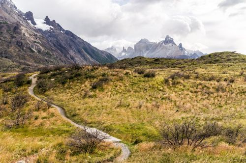 kelias,kelias,kalnai,žygiai,kalnas,augmenija,trasa,tiltas,lentynas,Highlands,Alpių,gamta,kraštovaizdis,lauke,kelias,pėsčiųjų takas,vaikščioti,vaizdingas