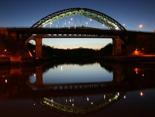 dėvėti,tiltas,sunderland,naktis,vaizdingas,dusk,saulėlydis,upė,atspindys,simetrija,šviesa,apšvietimas,dėvėti,gražus
