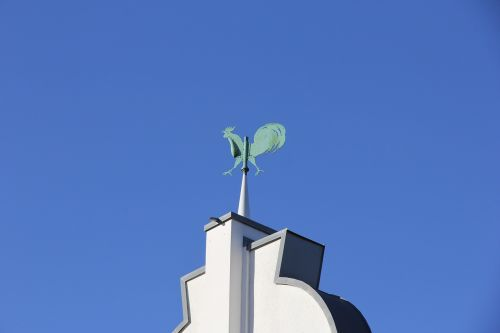 weather vane blue sky spire