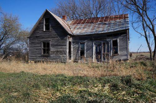 weathered house wood