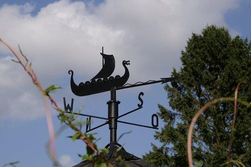 weathervane  artwork  metal art