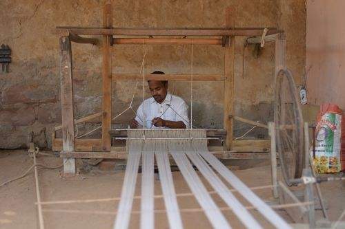 weaving gujarat tourism