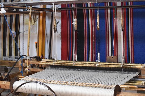 weaving  business  morocco