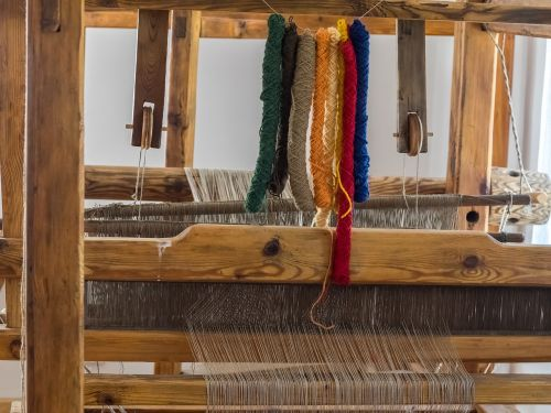 weaving loom work