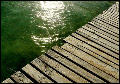 web pier sea