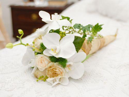 wedding flowers commitment