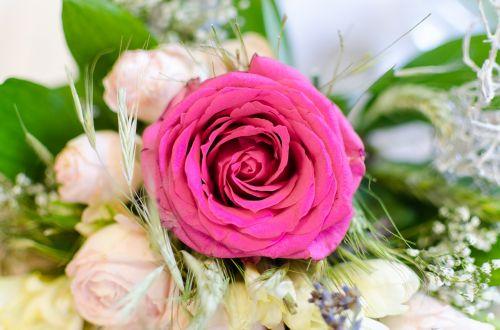 wedding bouquet vibrant