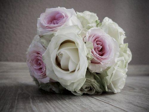 wedding  wedding bouquet  bridal bouquet