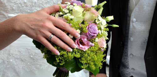 wedding bridal bouquet bride and groom