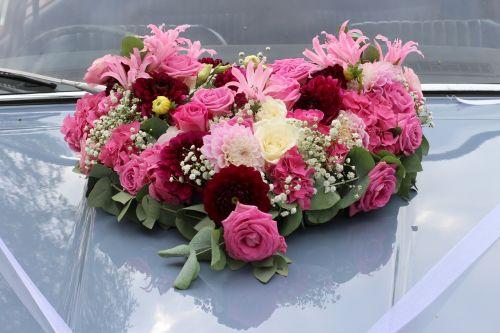 wedding floral decorations wedding car