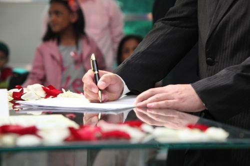 wedding signature groom signing married