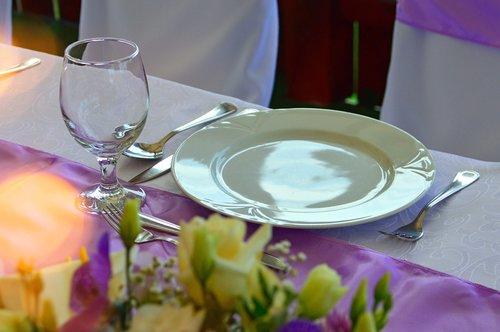 wedding table  wedding place settings  wedding
