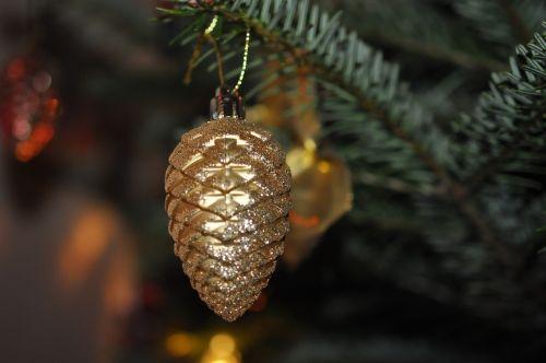 weihnachtsbaumschmuck pine cones christmas ornaments