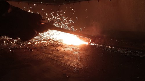 weld  burn  metal