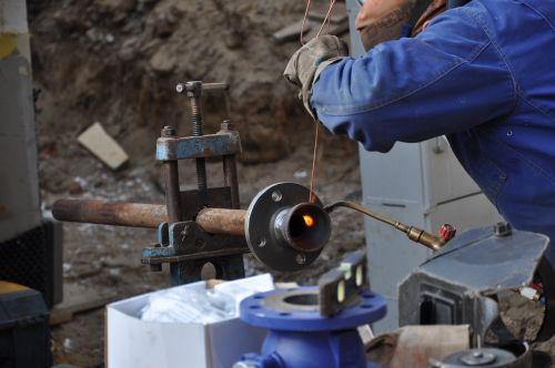 welder welding building