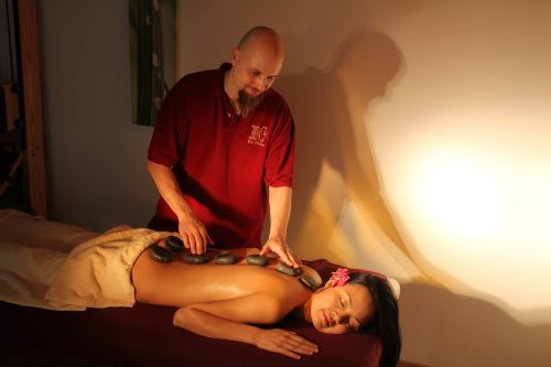 wellness massage hot stone