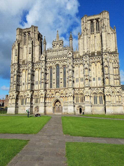wells  cathedral  famous