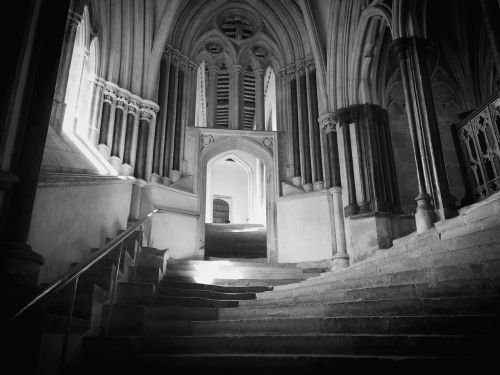 wells cathedral steps stairs