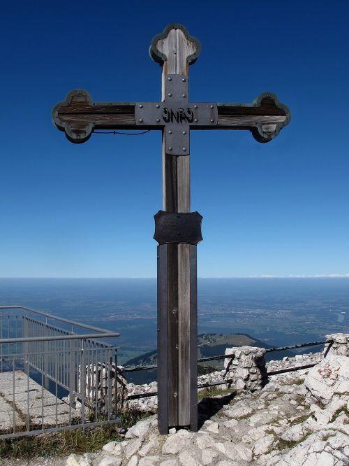 wendelstein summit cross summit