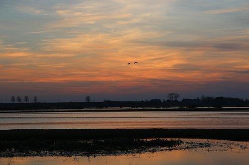 west  twilight  sky