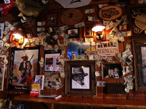 western saloon lifestyle bar