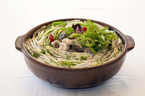 stew baek sung by food
