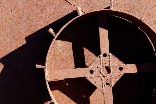 ratas,Dantratis,mechanizmas,geležis,oksidas,rusvas