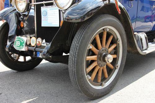 wheel auto vehicle