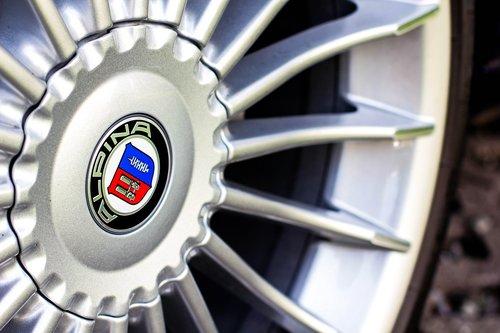 wheel  chrome  shiny
