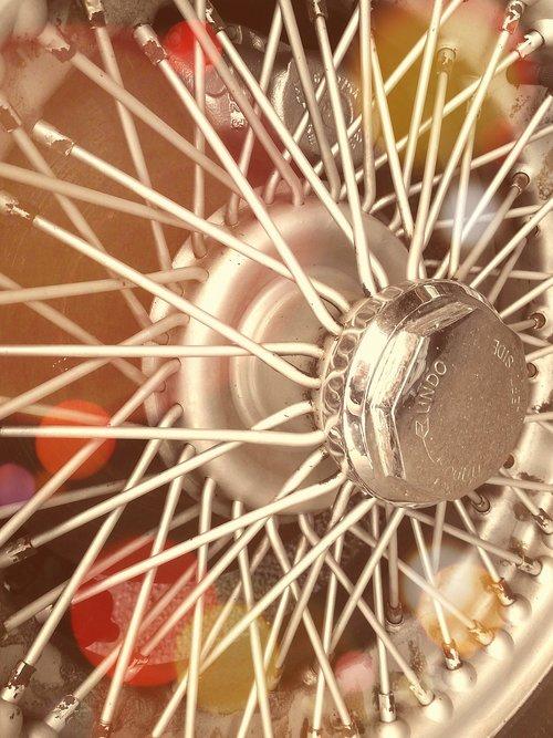 wheel  tyre  motor car