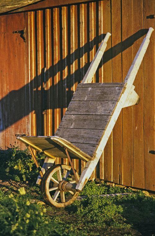 wheelbarrows home building