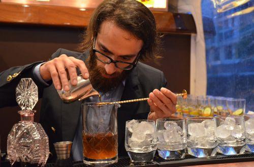 whiskey seminar bartender