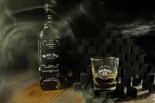 whisky  black  alcohol