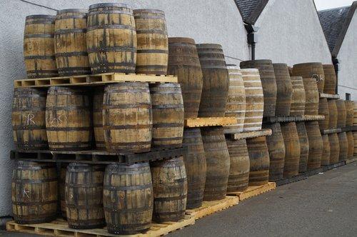 whisky  scotland  distillery