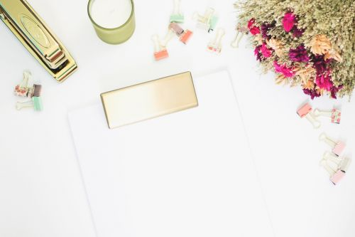 white desk lifestyle