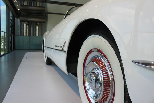 white band tyres  oldtimer  spokes