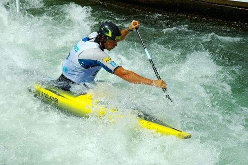 white water canoeing competition