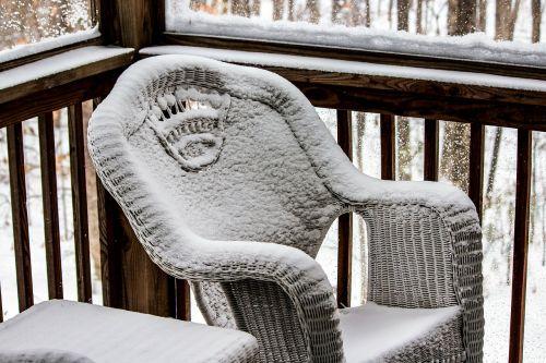 pinti kėdė,veranda,kėdė,sezonas,balta,šaltas,ledas,sniegas,žiema,šaltis,snieguotas,sušaldyta,lauke,oras,sniegas,Saunus,ledinis,sniegas,blizzard,sniegas
