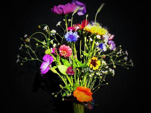 birthday bouquet wildflowers pointed bouquet