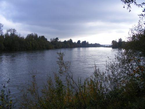 willamette upė,upė,debesys,vanduo,tiltas,vakaras,dusk