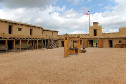 william bent's fort  fort  trading post