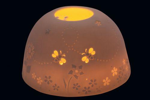 vėjo šviesa,tealight,porcelianas,šviesa,žvakė,šviesus,žvakių šviesa,nuotaika,pavasaris,bitės,grubus,permatomas,filigranas,aukštos kokybės,kilnus