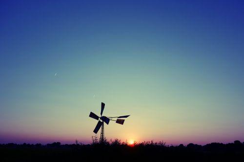 windmill water pump wind powered water pump