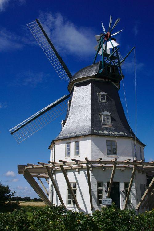 windmill sky wind