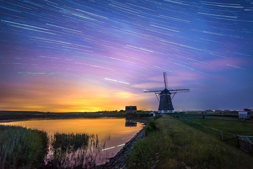 windmill night mill