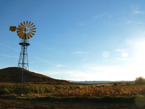 windmill field irrigation