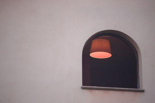 window mystery room