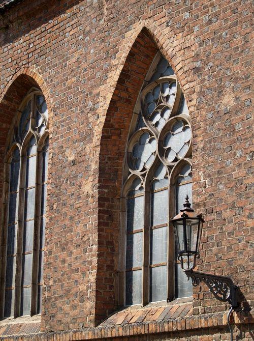 window brick architecture